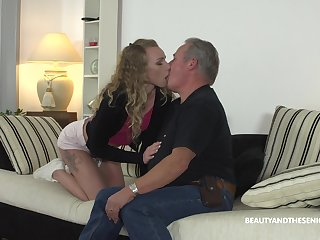 Hardcore fucking on the sofa between an older guy and Angel Emily