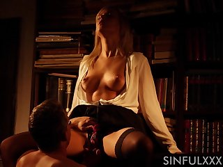 Love making in the evening between a stud and provocative Ria Sunn