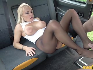 Car sex with Tara Spades is something everyone should experience