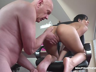 Sexual pleasures with an old man for cute Adelle