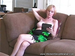 Hot BJ from the amazing Wicked Sexy Melanie she gets a nasty cumshot facial here too