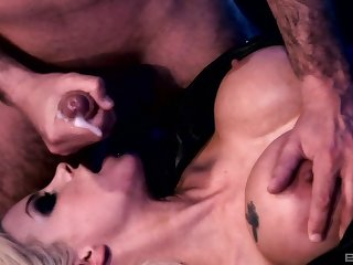 Balls deep pussy and ass fucking with Delta White & Gabriela Glazer
