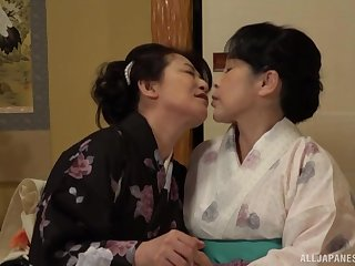 Beamy Japanese matures drop their clothes to attempt lesbian sex
